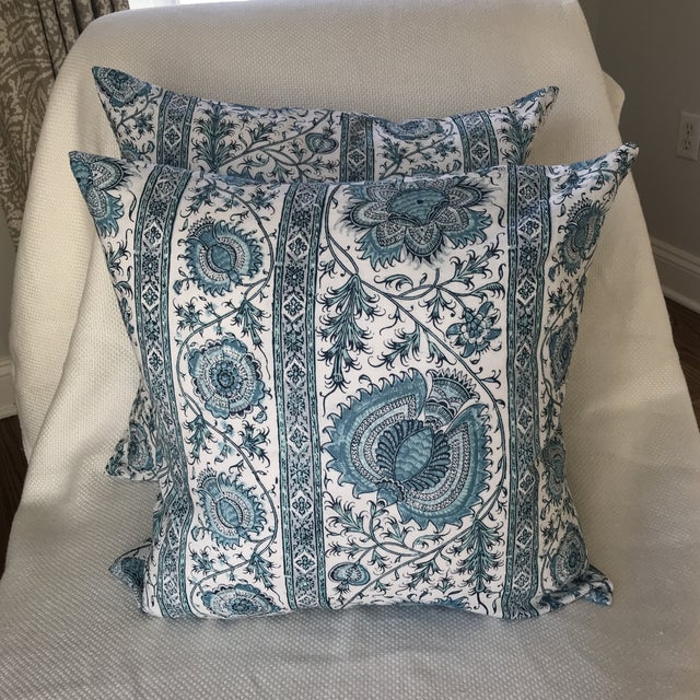"Feather Quadrille China Seas Linen ""Palampore"" Stripe Pillow Covers- Pair For Sale - Image 7 of 7"