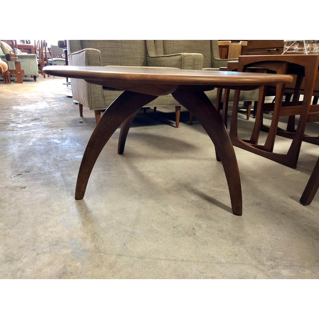 Mid-Century Modern 1950s Mid-Century Modern Heywood Wakefield Lazy Susan Spider Leg Coffee Table For Sale - Image 3 of 6