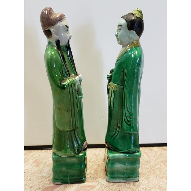 Late 19th Century Chinese Famille Verte Porcelain Scholar and Court Lady Figurines - a Pair For Sale - Image 4 of 6