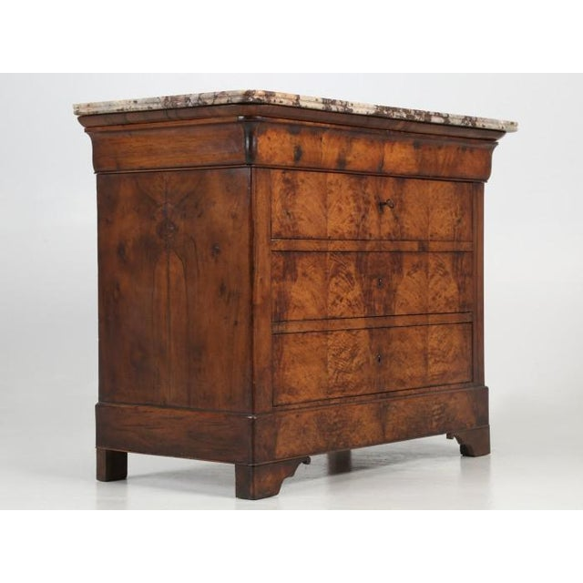 Late 19th Century Antique Louis Philippe French Burl-Walnut Commode For Sale - Image 5 of 13