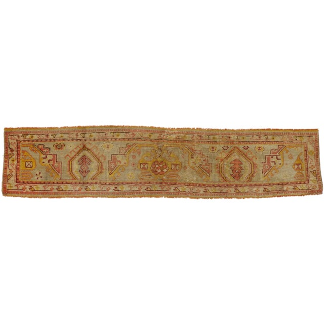 Late 19th Century Antique Wagireh Turkish Oushak Hallway Runner Rug - 2′ × 8′10″ For Sale In Dallas - Image 6 of 8