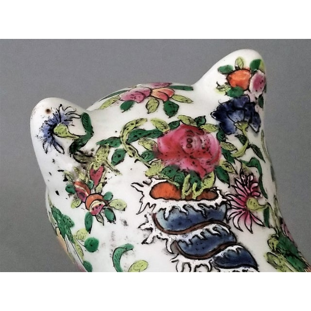 Chinese Ceramic Porcelain Cat Table Sculpture Pillow Sculpture For Sale In Miami - Image 6 of 12