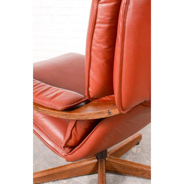 Majestic Mid-Century Design Scandinavian Swivel Relax Maroon Leather Lounge Chair, 1960s For Sale - Image 6 of 8
