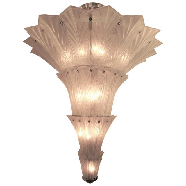 Palatial, Gigantic French Art Deco Art Glass Chandelier by Sabino For Sale In New York - Image 6 of 13