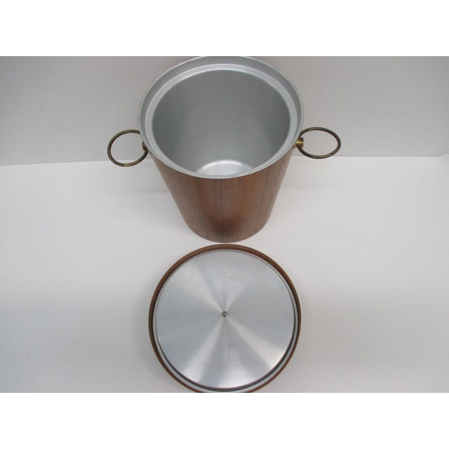 1980s Vintage Mid-Century Modern Ice Bucket With Ears as Handles For Sale - Image 5 of 6