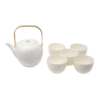 Vintage Porcelain Apple Teapot With Cups - Set of 6 For Sale