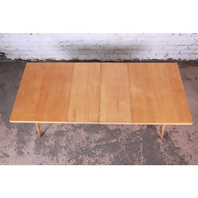 Contemporary 1950s Paul McCobb Planner Group Maple Extension Dining Table For Sale - Image 3 of 13