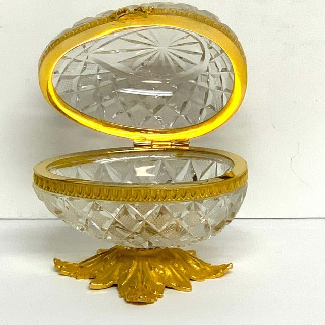 Mid 20th Century Baccarat Style Cut Glass and Ormolu Egg Motif Box For Sale - Image 5 of 10