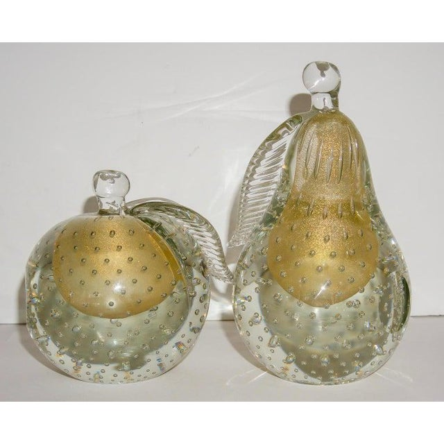 Hollywood Regency Barovier eToso Murano Glass Pear & Apple Gold Flecked Controlled Bubbles Bookends - a Pair For Sale - Image 3 of 12