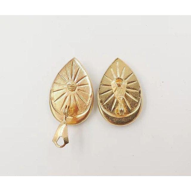 1980s Yves Saint Laurent Mocha Lucite Earrings For Sale In Philadelphia - Image 6 of 7