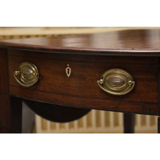 19th Century English Mahogany Oval Pembroke Table For Sale In West Palm - Image 6 of 9