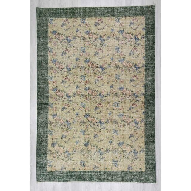 Vintage decorative Turkish rug. In very good condition.