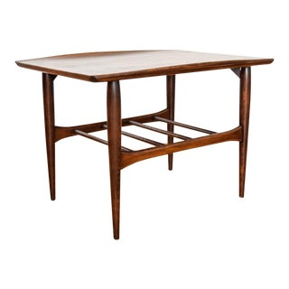 Mid Century Bassett Walnut Wood End or Side Table