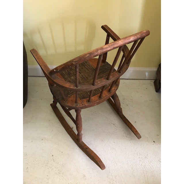 19th C American Child's Windsor Rocking Chair For Sale - Image 4 of 5
