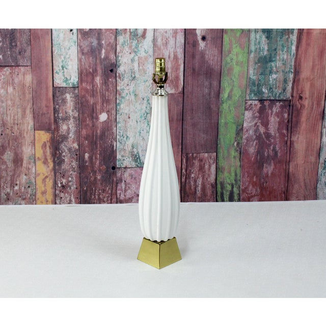 Contemporary Pair of Plaster Table Lamps on Brass Bases For Sale - Image 3 of 6