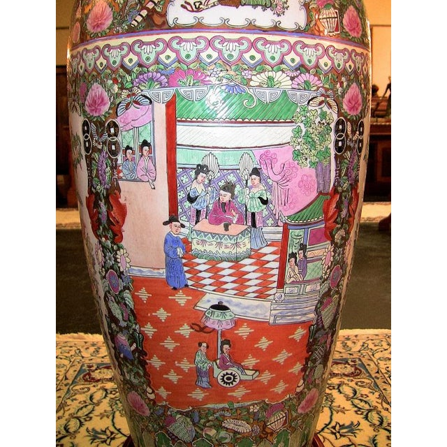 20c Chinese Cantonese Rose Medallion Famille Rose Gilted Floor Vase For Sale - Image 10 of 12