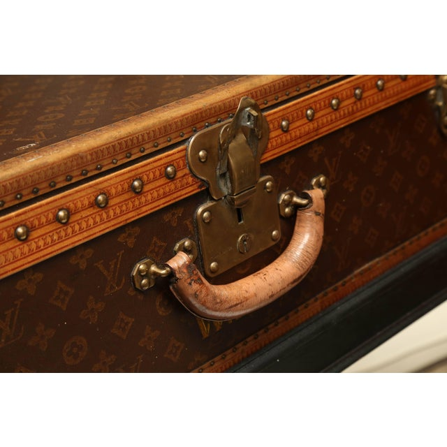 Early 20th Century Vintage Louis Vuitton Hard Cover Suitcase Mounted as a Table For Sale - Image 5 of 9