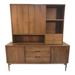 1960s Mid Century Modern Brown Saltman Credenza and Hutch For Sale