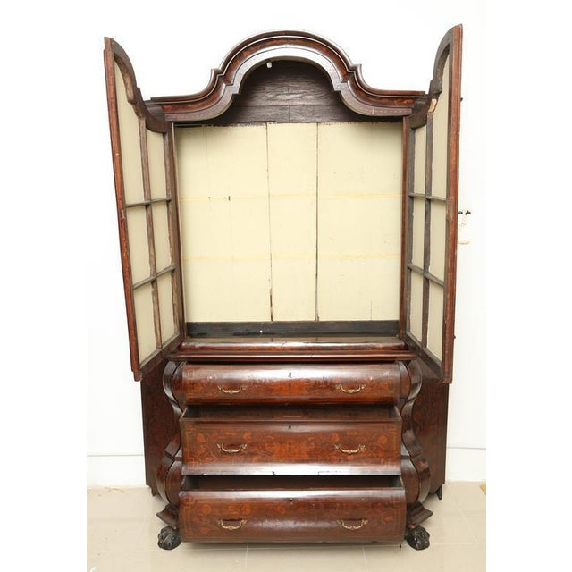 Chippendale Antique 1830s Dutch Marquetry Bookcase / Display Cabinet For Sale - Image 3 of 7
