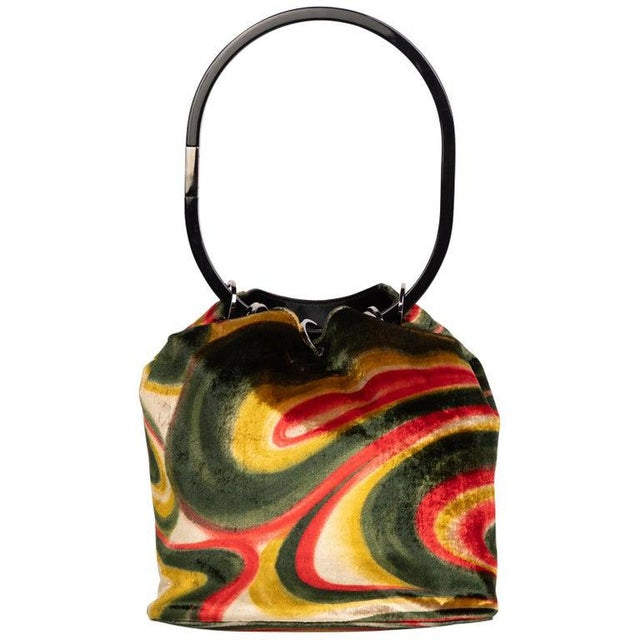 1990s Gucci by Tom Ford Runway Psychedelic Swirl Silk Velvet Hoop Bucket Bag For Sale In Miami - Image 6 of 6