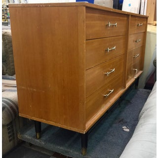 Vintage Drexel 8-Drawer Dresser Preview