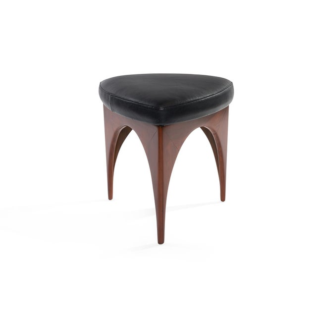 Anglo-Indian 1960s Allen Ditson Wood and Leather Ottomans - a Pair For Sale - Image 3 of 8
