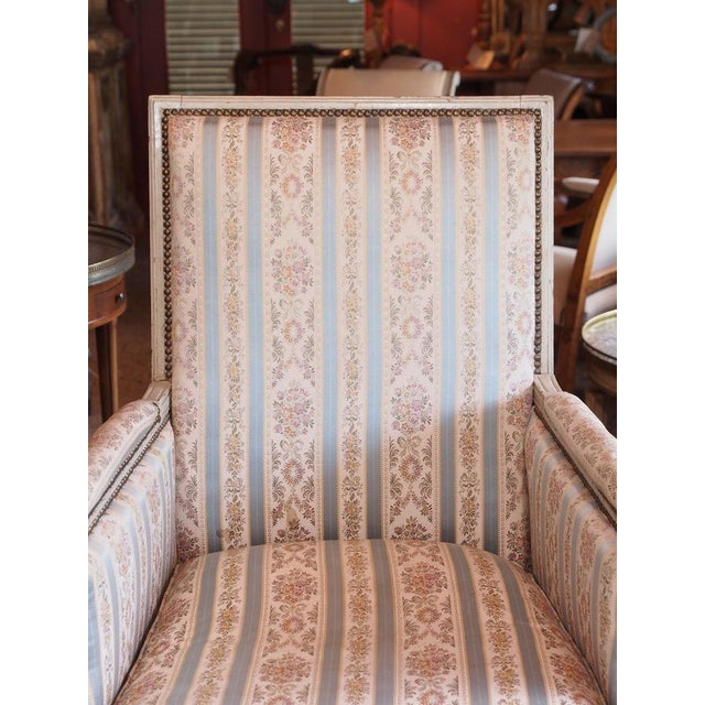 Louis XVI French Painted Bergere For Sale In New Orleans - Image 6 of 8