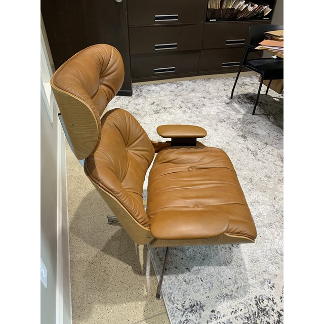 Mid-Century Modern Vintage Mid Century Selig Manufacturing Company Chair & Ottoman For Sale - Image 3 of 13
