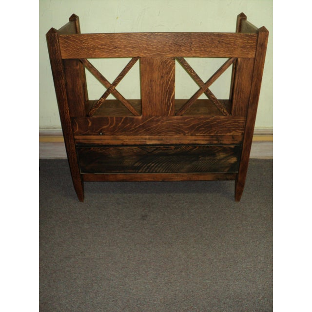 Great Oak Hall Bench in the Arts & Crafts Mission Style, quarter sawn OAK abounds throughout. It is in good original...