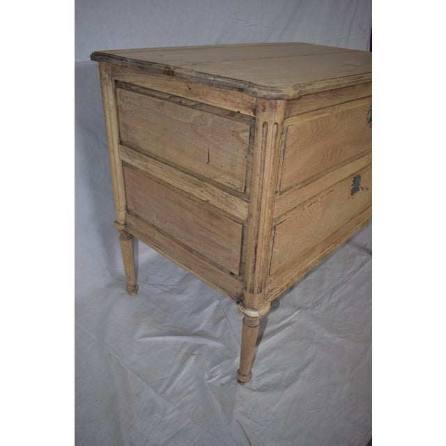 French Early 19th Century French Bleached Directoire Commode, Chest, Side Table For Sale - Image 3 of 6