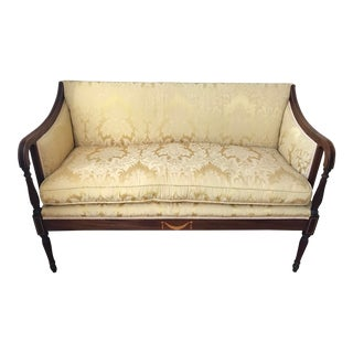 Late 19th Century Antique English Federal Style Mahogany Settee For Sale