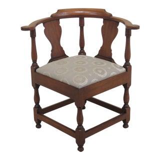 1970s Vintage Kittinger Colonial Williamsburg Mahogany Corner Chair For Sale