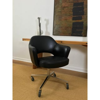 Mid Century Modern Leather Eero Saarinen Knoll Desk Chair Preview