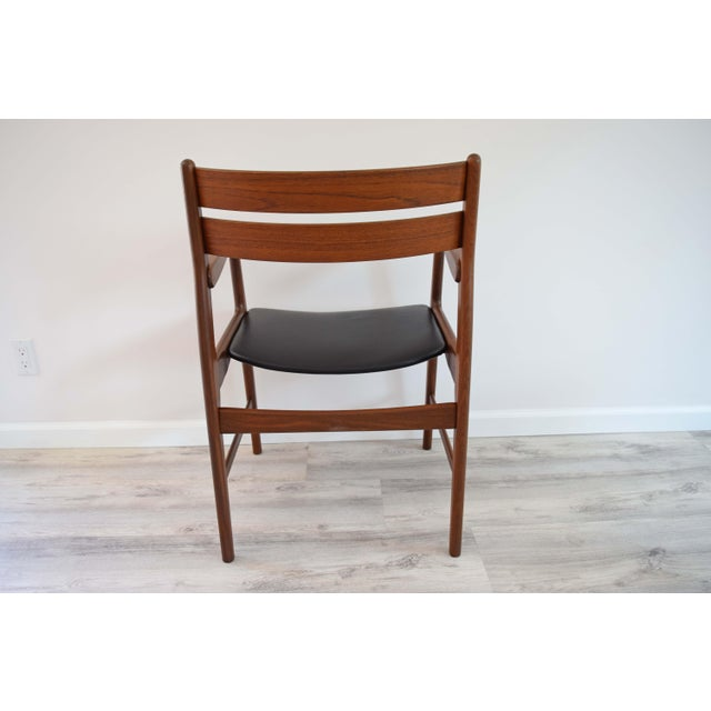Mid Century Modern Dining Chairs - Set of 4 For Sale - Image 4 of 13
