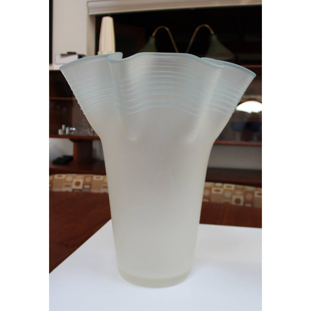 Large Frosted Glass Handkerchief Italian Vases For Sale In New York - Image 6 of 11