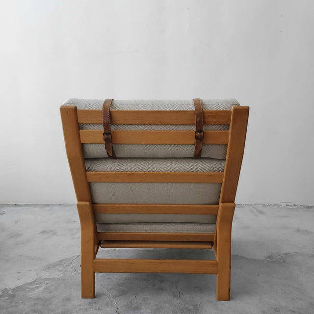 Komfort Mid Century Danish Oak Lounge Chair by Komfort Design For Sale - Image 4 of 9