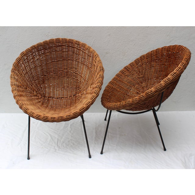 Italian Pair of Rattan Chairs and Table in the Style of Franco Albini For Sale - Image 3 of 8