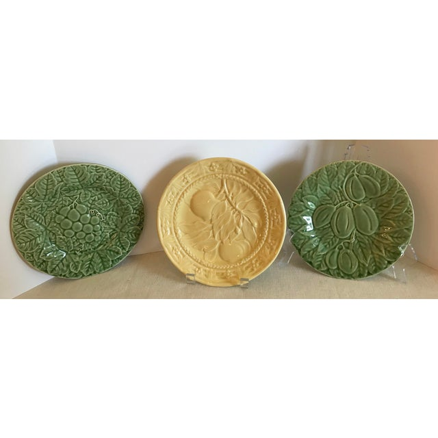 Mid-Century Modern Portuguese Green and Yellow Ceramic Fruit Plates - Set of 3 For Sale - Image 11 of 11