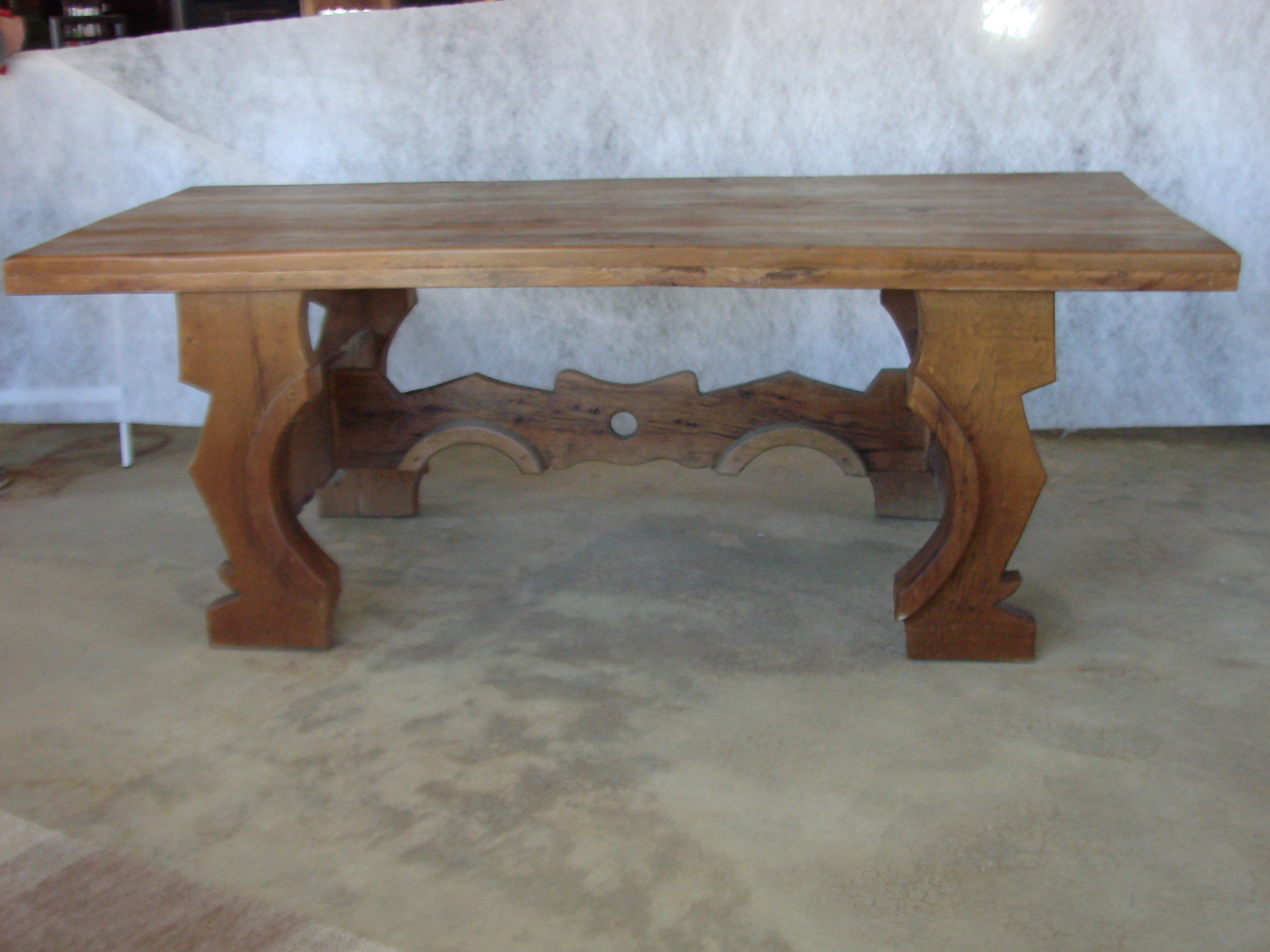 Country Mexican Oak Dining Table For Sale   Image 3 Of 8