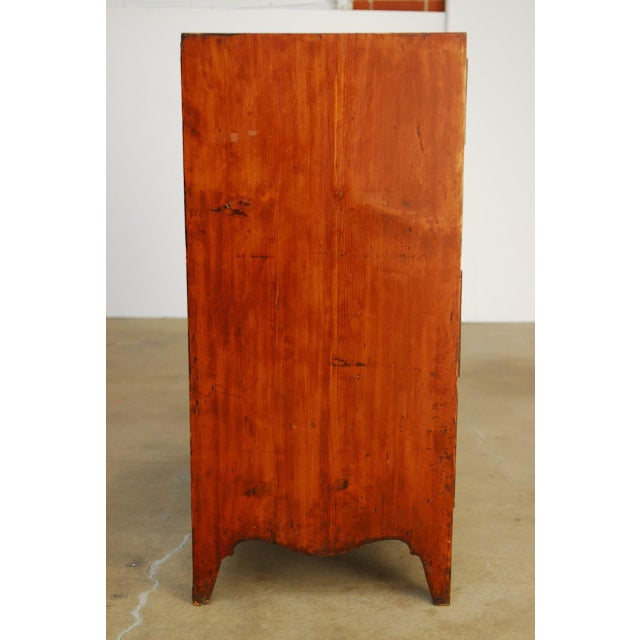 19th Century George III Mahogany Chest of Drawers For Sale - Image 4 of 12
