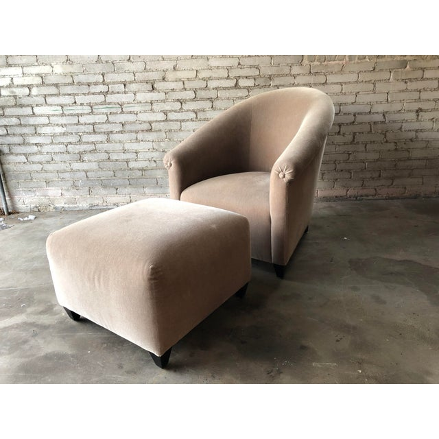 Stunning Minotti Lounge Chair and Ottoman purchased from Montage in Boston about 10 years ago. Original owner had the...