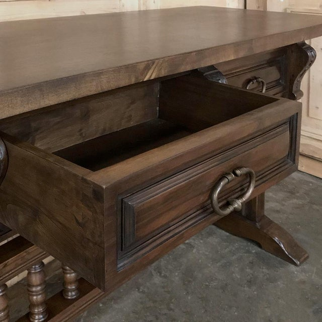 Antique Spanish Renaissance Walnut Hall Table ~ Console For Sale - Image 9 of 12