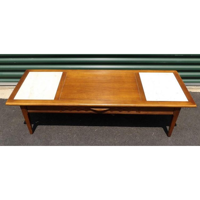 Mid 20th Century Lane Maple With Marble Insets Coffee & End Table Living Room Group - 3 Pc. Set For Sale - Image 5 of 11