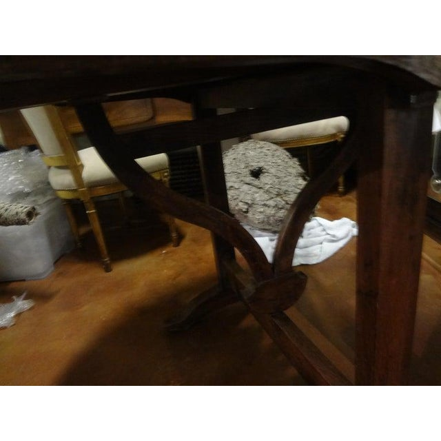 Wood 19th Century French Walnut Wine Tasting Table From Burgundy For Sale - Image 7 of 13