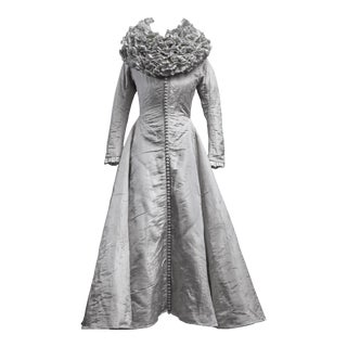 Scaled costume from the Shakesperean collection by Rien Bekkers - Early 17th century style lady dress For Sale