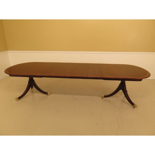 Traditional Kindel Banded Border Duncan Phyfe Mahogany Dining Table For Sale - Image 3 of 13