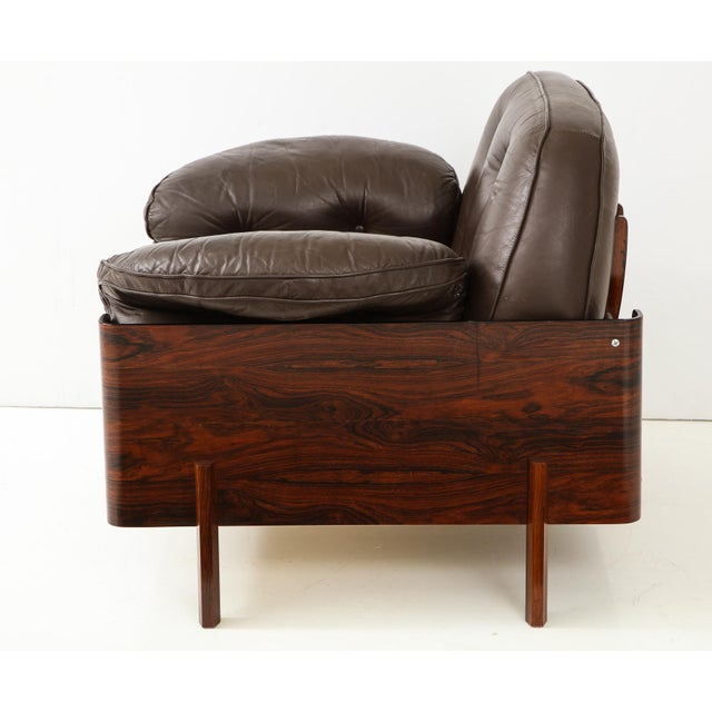 Jorge Zalszupin Brazilian Lounge Chair in Jacaranda and Brown Leather For Sale - Image 4 of 9