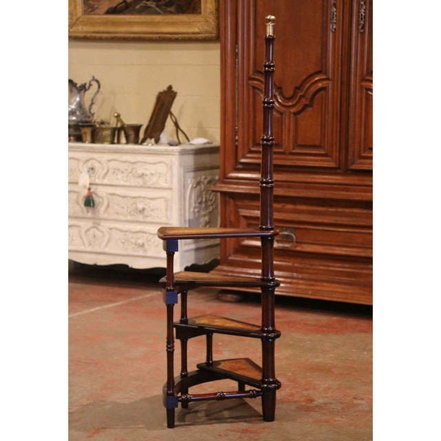 Mid-20th Century English Carved Mahogany and Leather Spiral Step Library Ladder For Sale In Dallas - Image 6 of 9
