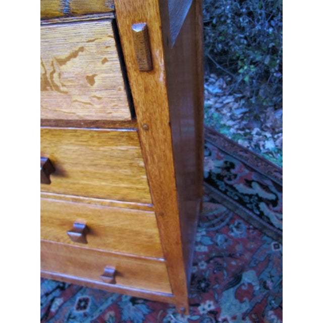 1900s Arts and Crafts Gustav Stickley Chest of Drawers For Sale - Image 11 of 13