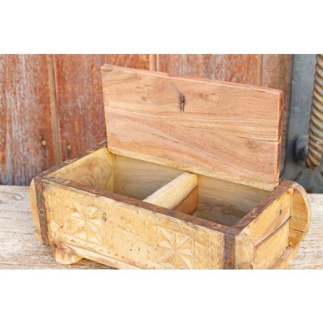 Iris Swat Valley Spice Box For Sale - Image 4 of 7